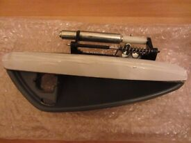 Alpha Romeo 159 Front exterior door handle .Brand new without cable