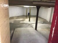 ***Large basement unit with ramp to let***