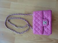 Small pink leather quilted bag