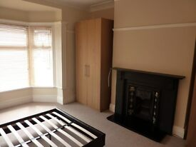 SOUTH SHIELDS 3 bed upper flat for rent West Park area in quiet residential street with parking.