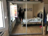 2x Mirror Sliding Wardrobe Doors,Very Good Condition