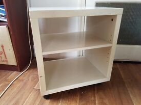 White sidetable - great condition- near Surrey Quays/ Canada Water