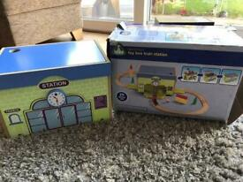 ELC TOY BOX TRAIN STATION IN EXCELLENT CONDITION
