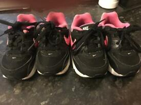 Twins Girls Toddler Nike Trains - Size 4.5