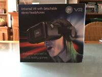 2 virtual reality headsets for sale