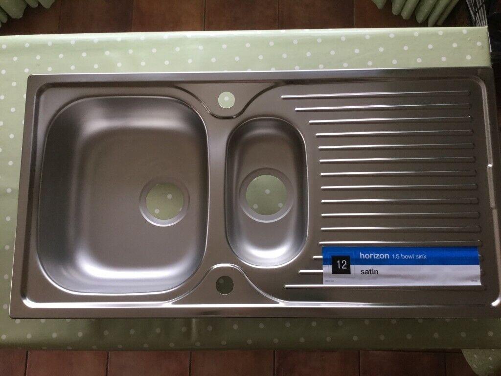 Unused stainless steel 1 5 bowl sink