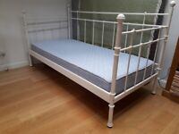 Metal day bed ( Ikea - Tromsnes) good condition