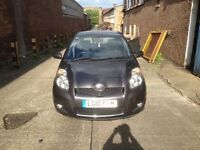2010 Yaris ( PRICED TO SELL )