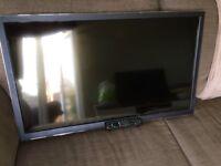 Panasonic TX-L42ET5B 42-inch Widescreen Full HD 1080p 3D LED TV with Freeview HD - Black