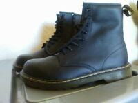 Ladies Doc Martins VGC Never worn SIZE 5 **** Cost £80****