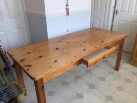 Solid pine kitchen/dining table 6ft x 2ft 6''