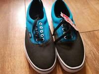 Vans Unisex shoes black/blue size 7.5 UK/ 9.5 US