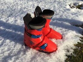 Salomon kids SX Team ski boots mondo 22 shoe size 2.5