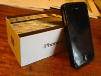 iPhone 4 8gb perfect condition, boxed, owned since new