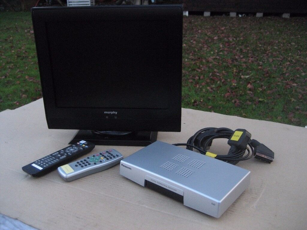 4 x 3 LCD TV AND FREEVIEW BOX PORTABLE TV PANASONIC FREEVIEW BOX SET TOP BOX TV AND FREEVIEW BOX