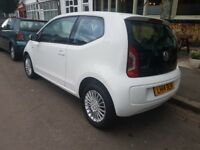 2014 VW UP! 1.0 High up! ASG, AUTOMATIC, SATELLITE NAVIGATION, Auto SunRoof, New MOT, Cheap to run