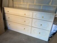 White FREE chest of drawers