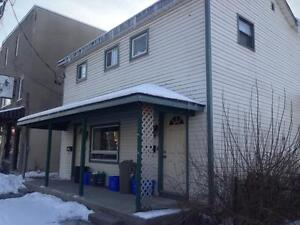 STUDENTS: INCLUSIVE! GREAT 4 BED w/2 BATHS! 1- 378 Division St.