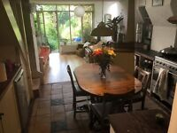 Beautiful Room to rent, short term (July and August) £475 all inclusive. Lush house and garden