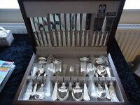 ARTHUR PRICE STAINLESS STEEL KINGS PATTERN 8 PLACE SETTINGS CANTEEN OF CUTLERY VIRTUALLY NEW
