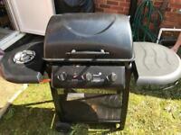 3 burner gas barbecue with side burner