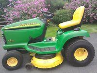 John Deere Ride-on Lawn Mower/Tractor LT170