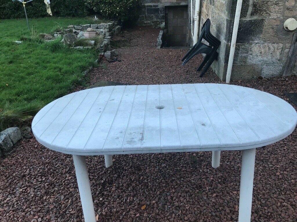 Oval white garden table for sale