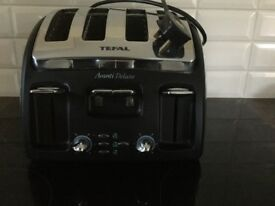 Stainless Steel Tefal Avanti Deluxe 4 section toaster.