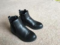 Girls black blue zoo Chelsea boots size 13