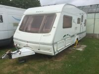 Swift Challenger 5 berth caravan 490SE 2004. Well cared for.