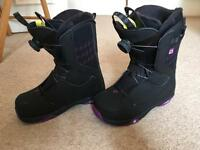 Salomon Girls Snowboard Boots U.K. 5.5