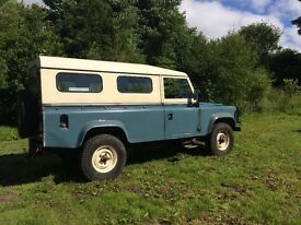 1985 110 Defender/Series cross over. Well maintained & solid. Five new tyres.