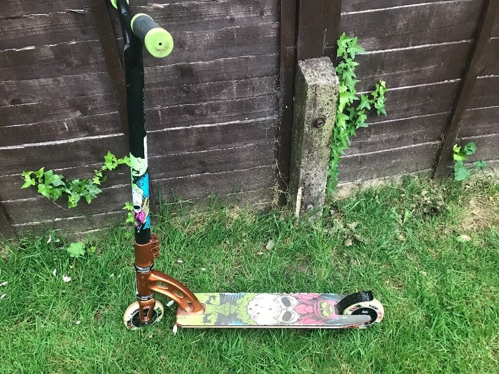 MGP nitro end of days limited edition stunt scooter Rep £250