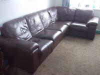 Leather corner suite