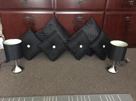 6 cushions 2 touch lamps