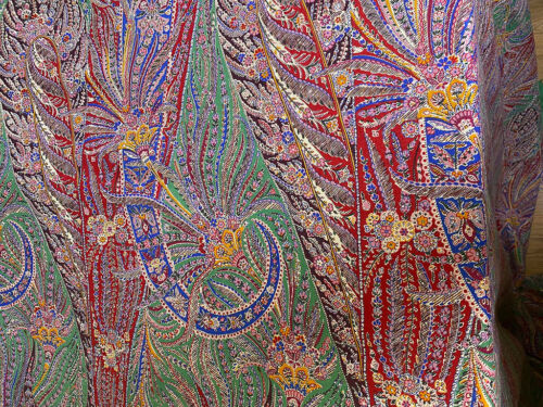 Vintage Challis Paisley Fabric Length  WW538