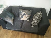 Beautiful grey/black fabric suite / sofa / couch (2 and 3 seater)