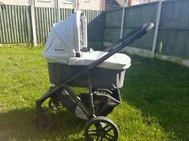 Uppababy Vista Pushchair & Carrycot - Mica (Silver)