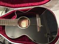 IBANEZ electro/acoustic guitar with inbuilt tuner. Mint condition