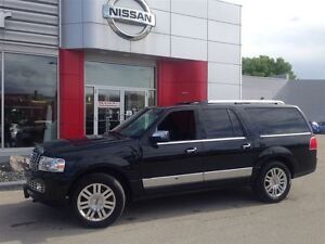 2013 Lincoln Navigator LOADED/LOW KMS/MINT
