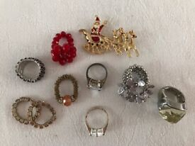 9 x rings - 1 x brooch