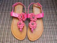 Brand new flower trim sandals size 6
