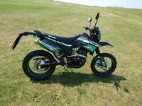 LEXMOTO ADRENALINE 125cc Motorbike only 1 year old