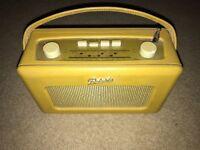 Vintage Roberts FM/MW/LW radio yellow