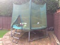 10ft Trampoline. Incl safety netting