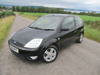Ford Fiesta 1.2 Zetec Climate in Black FSH 8 stamps long MOT only £1825