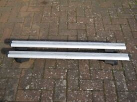TOYOTA AURIS GENUINE ROOF RACK