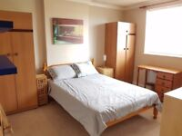Large Dbl room available