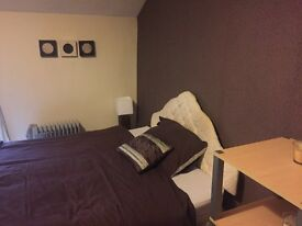 2 X Double rooms to rent