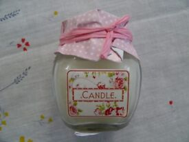 SMALL CANDLES IN JARS